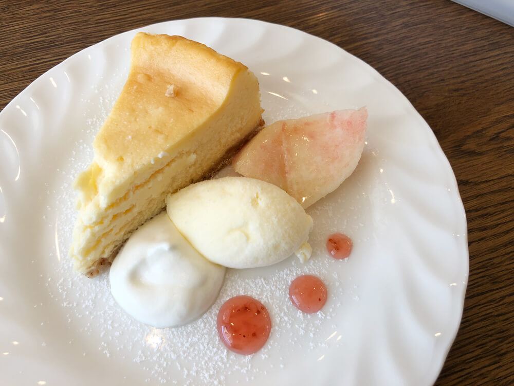 CREAM TEA チーズケーキ